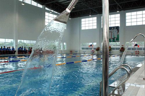 Hệ thống lọc nước sinh hoạt cho hồ bơi giữ cân bằng nước, đem lại sự an toàn và thoải mái cho người bơi