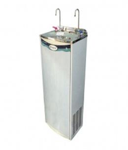 Máy lọc nước 2 vòi nóng lạnh được rất nhiều gia đình sử dụng